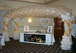 Cake Table Decorations by Balloongenuity Ingenious Balloon Creativity Central Indiana