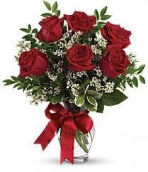 a dozen roses half dozen roses lindskoog florist