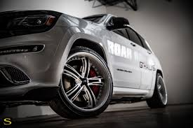 jeep cherokee white with black rims grand cherokee savini wheels