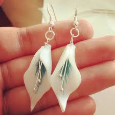plastic earrings 236 best plastique fou images on shrink plastic