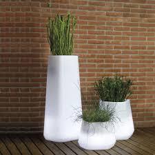 vaso resina bianco vasi luminosi serie ops versione medium h43cm