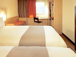 Ibis London Luton Airport Well Equipped Hotel In Luton