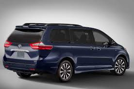 toyota sienna vsc light meaning 2018 toyota sienna reviews and rating motor trend