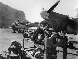 rolls royce merlin asisbiz beaufighter mkiif rolls royce merlin xx being serviced