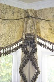 best 25 kitchen window dressing ideas on pinterest long window love this jabot idea for corners it finishes it off nicely i d like this for my kitchen windows