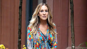 sarah jessica parker has cut off all her hair and we love it
