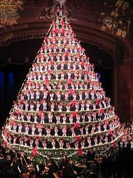 singing christmas tree a singing christmas tree and 3 more displays you to