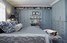 Silver Bookshelf Modern Master Bedroom With Carpet By Kent Brasloff Zillow Digs