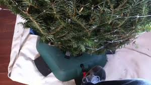 Krinner Christmas Tree Genie Xxl by Worlds Best Christmas Tree Stand Review Youtube
