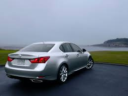 infiniti m37 vs lexus es 350 did anyone consider the infiniti q70 prior to geting the gs