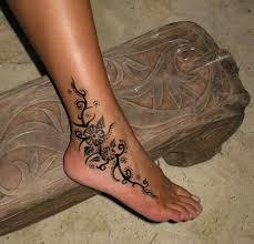 black henna tattoo