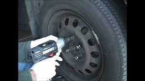 1998 toyota corolla tire size tighten remove lug nuts 1998 toyota corolla