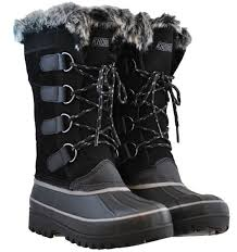 womens boots in size 11 khombu s waterpoof winter boots nordic 2 size 10
