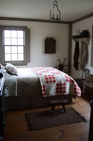 Bedroom Decor Pinterest by 215 Best Primitive Bedrooms Images On Pinterest Primitive Decor