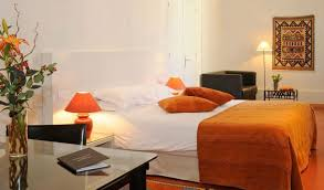 cloitre saint louis hotel avignon seeprovence com