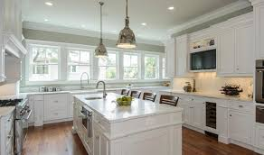 updating laminate kitchen cabinets how to refinish laminate kitchen cabinets best 25 redo laminate