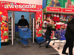 shoppers out for deals on thanksgiving fox5 vegas kvvu
