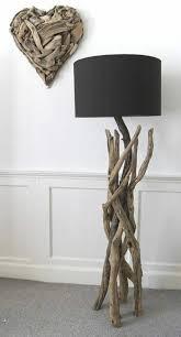Wohnzimmer Lampe Aus Holz Die Besten 25 Stehlampe Aus Holz Ideen Auf Pinterest Stehlampe