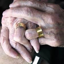 wedding rings men history of wedding rings men used to not wear it eat sleep cake