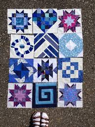 hands2help vogue 9057 row quilts novels and knitting nita collins