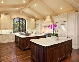 Spanish Home Design by Best 20 Spanish Style Kitchens Ideas On Pinterest Spanish