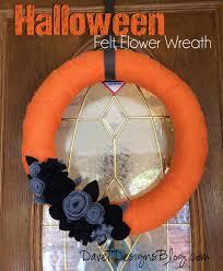 craft ideas and more from davet designs halloween felt flower wreath