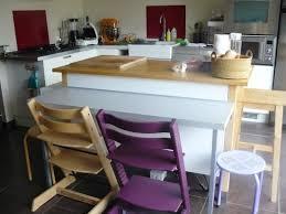 coin repas dans cuisine petit coin repas pour la cuisine avec cette table d appoint