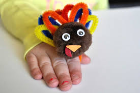 thanksgiving turkey hat craft fun thanksgiving crafts for kids reader u0027s digest