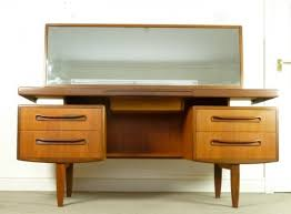 Modern Vanity Table 30 Elegant Mid Century Dressing Tables And Vanities Digsdigs