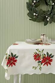 Vintage Christmas Tablecloths And Linens Collecting Vintage - Table cloth design