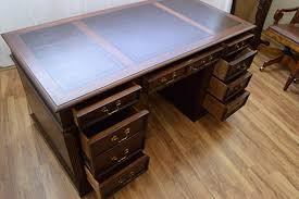 hekman desk leather top raewoods fine antique furnishings