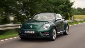 green volkswagen beetle 2017 2017 volkswagen beetle driving video in green automototv youtube