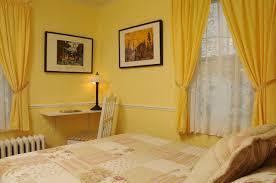 la chambre jaune gite fleury b b baie st paul chambres et tarifs