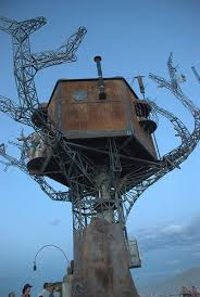 Tree Houses Around The World Cool Treehouses From Around The World Cool Pictures Cool Stuff