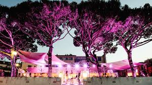 St Tropez Awning Where To Be Seen In Saint Tropez 2017 Seesainttropez Com