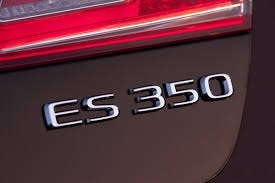 2010 lexus es 350 video review 2010 lexus es350 facelift with mild cosmetic revisions and