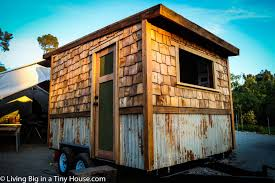 Modern Tiny Houses by Tiny House Modern 2 Affordable Small Modern Level House Awesome