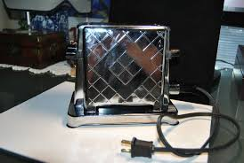 Toastess Toaster Vintage Toaster Made By Toastess Corp Montreal Canada Model 202