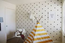 Removable Wallpaper For Renters Easy Wall Decorating Ideas For Renters