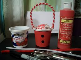 cats kids and crafts yogurt container craft