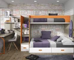 chambre lit superposé chambre ado composé d un lit superposé d un bureau et des étagères