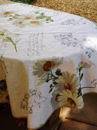 nappe ronde tissu enduit nappe en lin enduit stof ronde gansée les fées à suivre