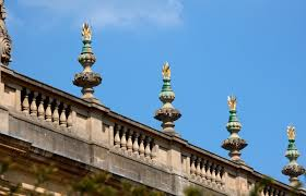 roof decorations file trinity college roof decorations 5650280972 jpg wikimedia