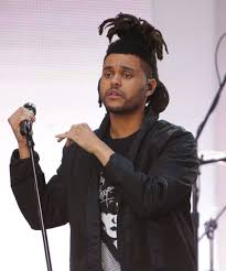 the weeknd s hair dlisted the time a drunken taylor swift couldn t stop petting