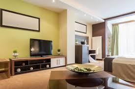 Wohnzimmer Einrichten Nach Feng Shui Funvit Com Ledersofa Rot