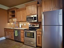 refurbishing old kitchen cabinets refurbishing old kitchen cabinets inspirational easy the eye color