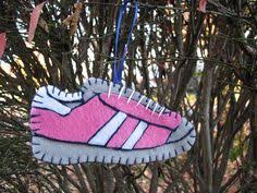if i coach i will make this shoe ornament for my runners i
