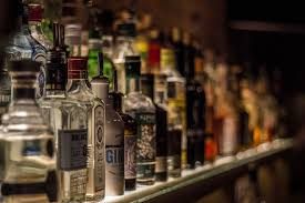 alcoholic drinks at a bar best bars for a night out in queenstown new zealand