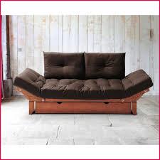 dans le canapé housse de coussin 60x60 pour canapé 125713 plateau avec le petit