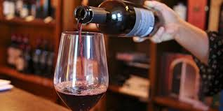 glass of wine how we drink a serving size of wine is now seven times bigger